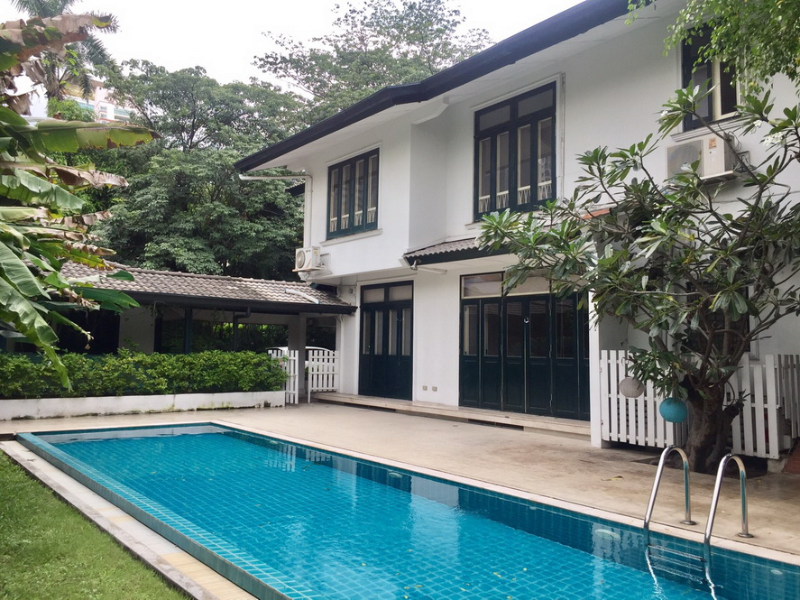 Greenary House for rent at Sukhumvit
